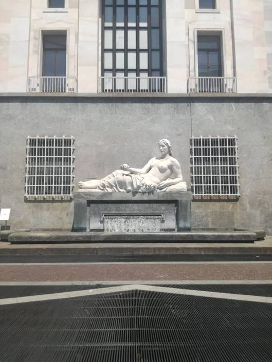 fontana piazza cln