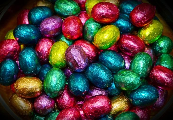 easter-eggs-3190052_1920